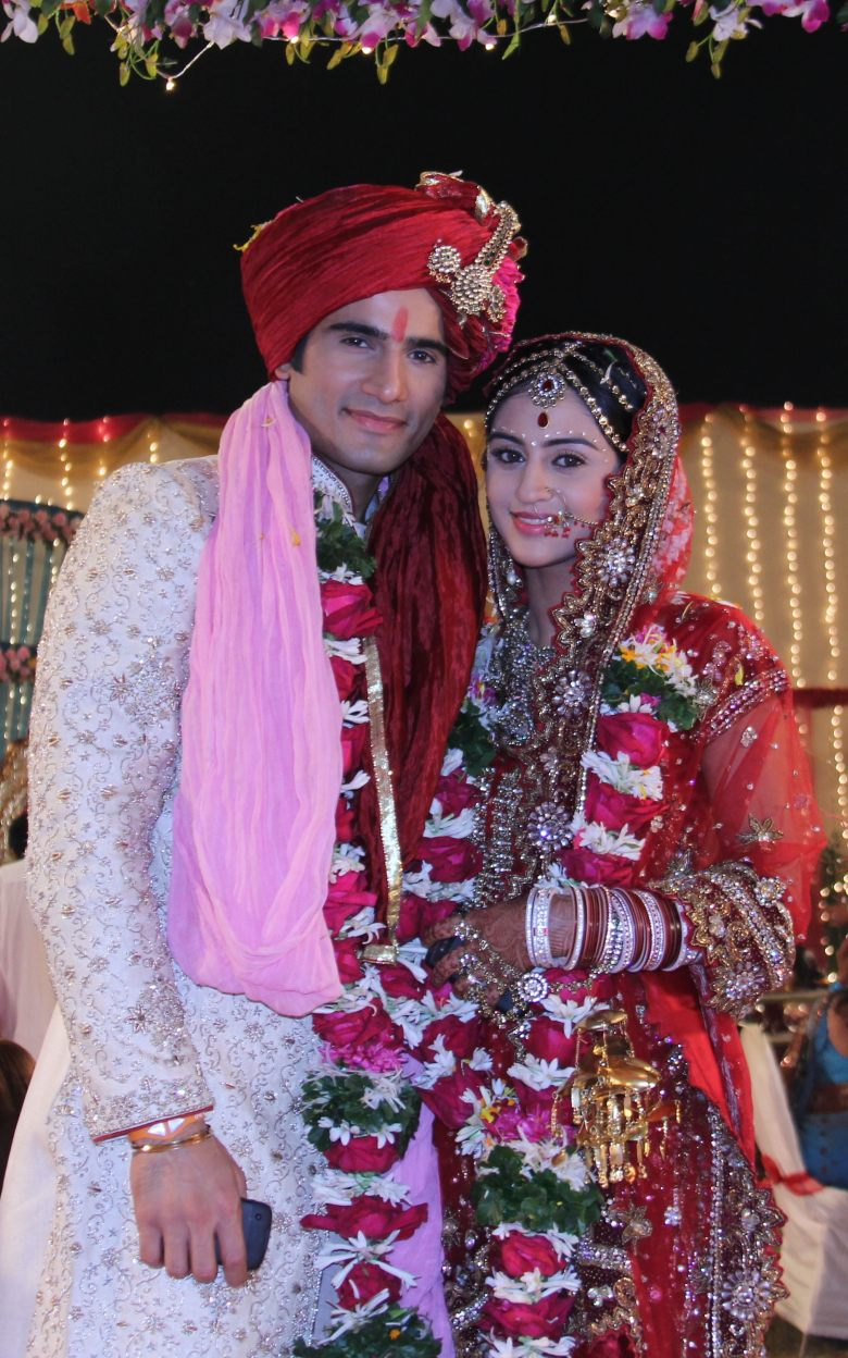 Karan Tacker and Krystal D'Souza in Ek Hazaaron Mein Meri Behna Hai