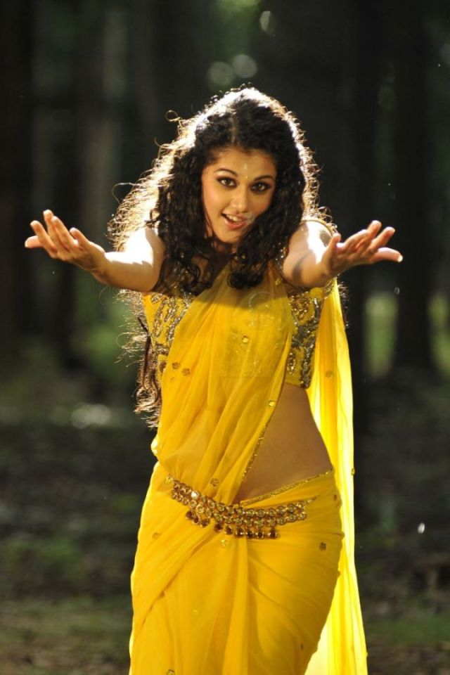 Tapsee Panu in yellow sari