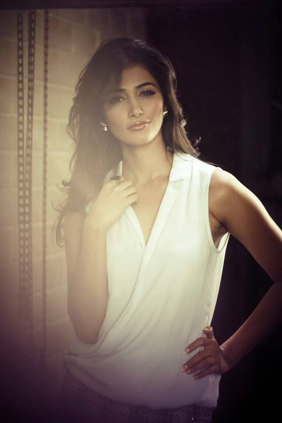 Stunning Pooja Hegde