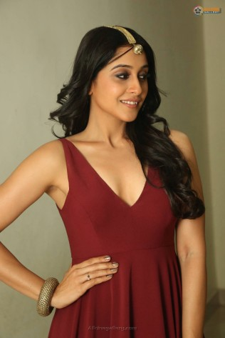 Regina-Cassandra-New-Hot-Stills-At-Speedunnodu-Audio-Launch-12